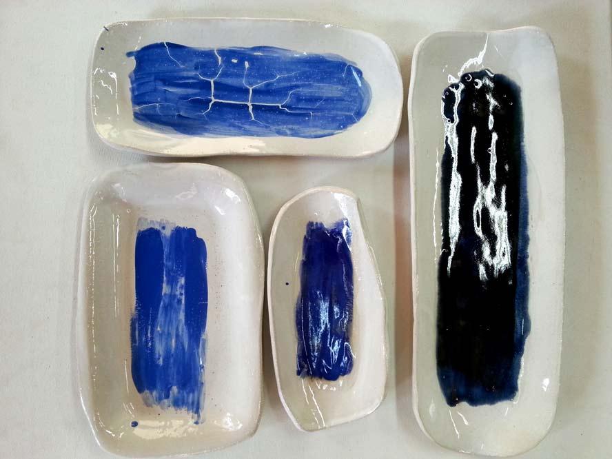 קעריות הגשה כחולות מקרמיקה עבודת יד